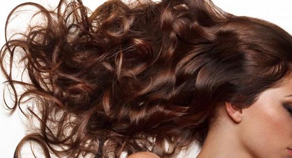 spiruline cheveux